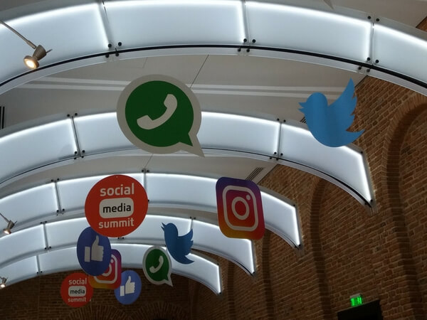 Social Media Summit 2018-Cyrano de Bergerac, cozonacii lui Andi Moisescu si nano-influencerii
